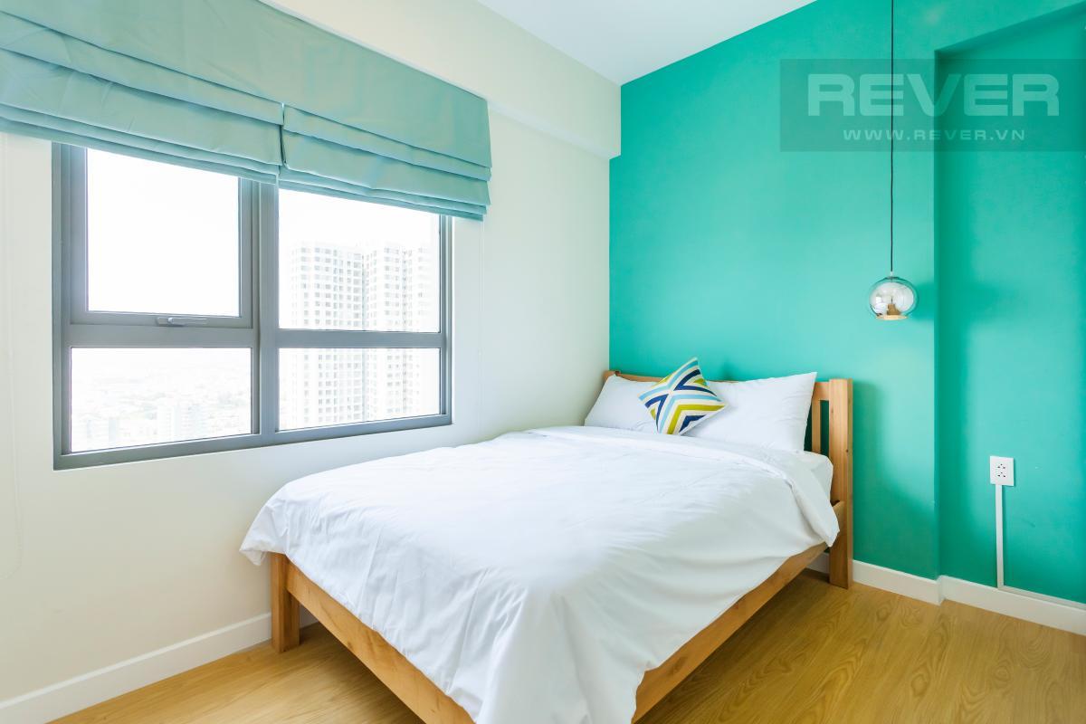 Phòng ngủ 1 thoáng đãng với ô cửa sổ lớn Căn góc hướng Đông Nam tầng cao T3B Masteri Thảo Điền