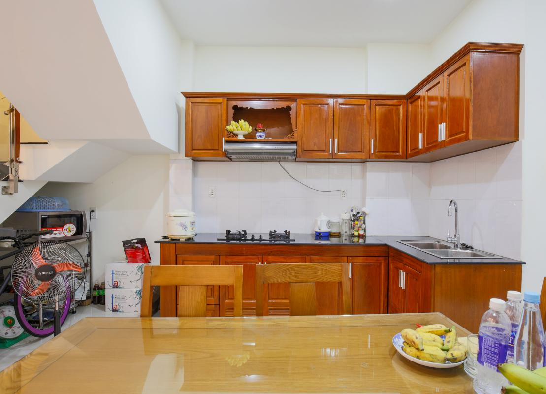 Phòng bếp Nhà phố Nguyễn Khoái 4 tầng kiên cố