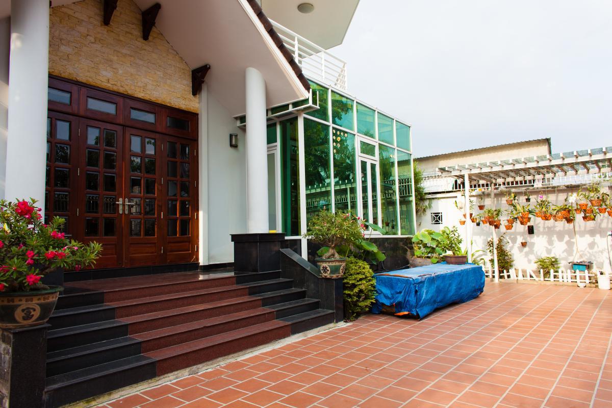 Sân trước villa Villa 3 tầng đường Số 20 Linh Đông Thủ Đức