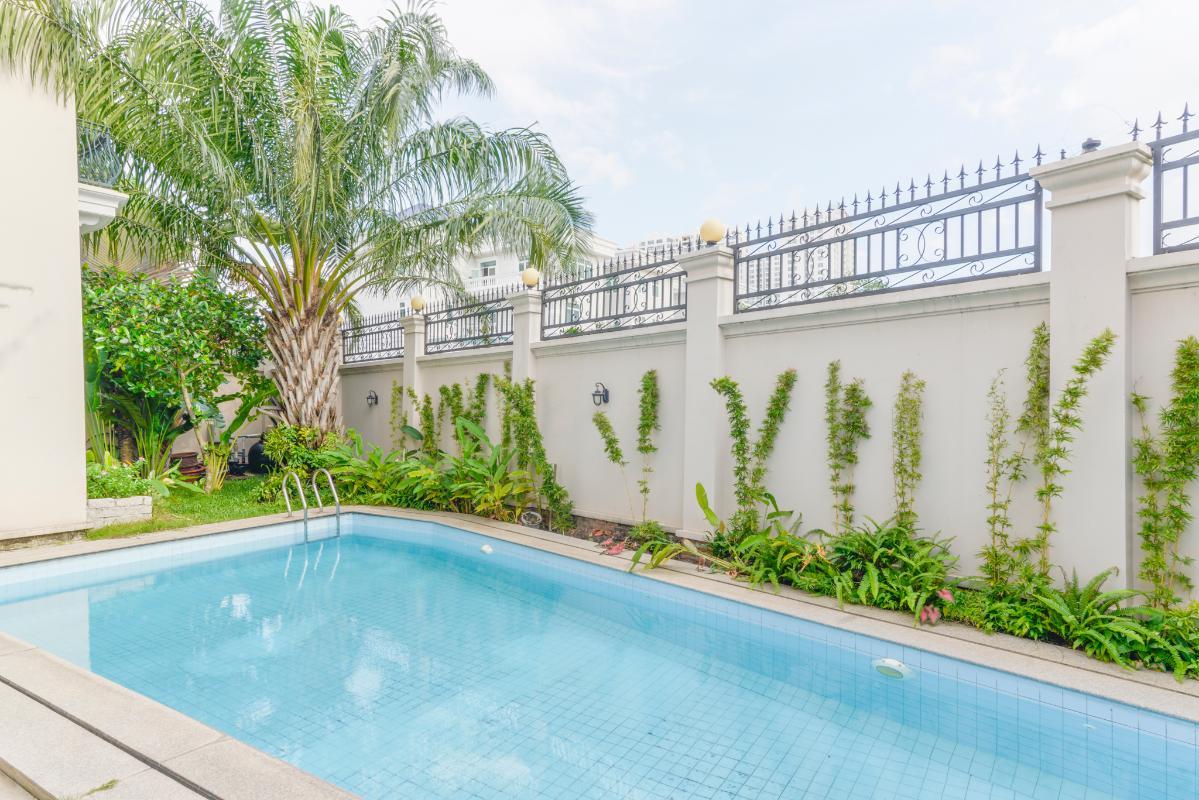 Hồ bơi Villa 3 tầng compound Nguyễn Văn Hưởng