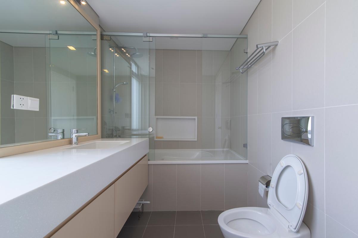 Phòng tắm Căn góc tháp H Star Hill