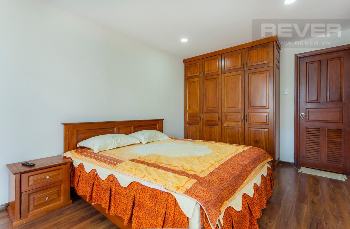 Phòng ngủ lớn ở tầng trệt Villa 3 tầng Đường Số 14 Hoàng Quốc Việt