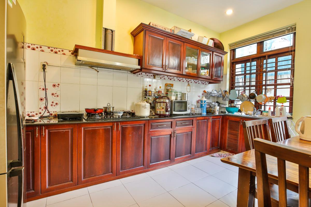Phòng bếp Nhà 3,5 tầng đường 20 Phú Hữu quận 9