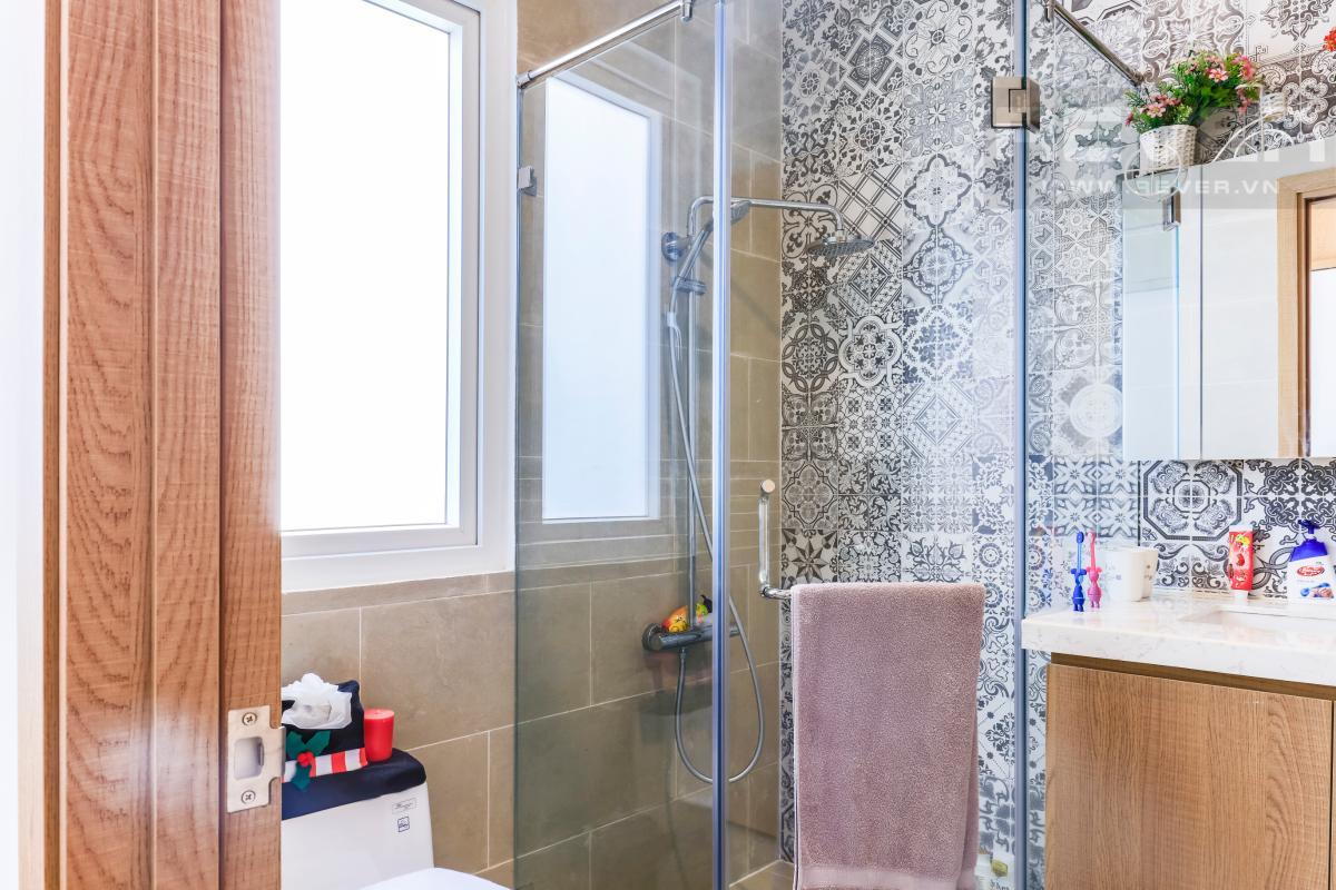 Phòng tắm 2 Villa Melosa Garden hướng Bắc, 3 tầng hiện đại