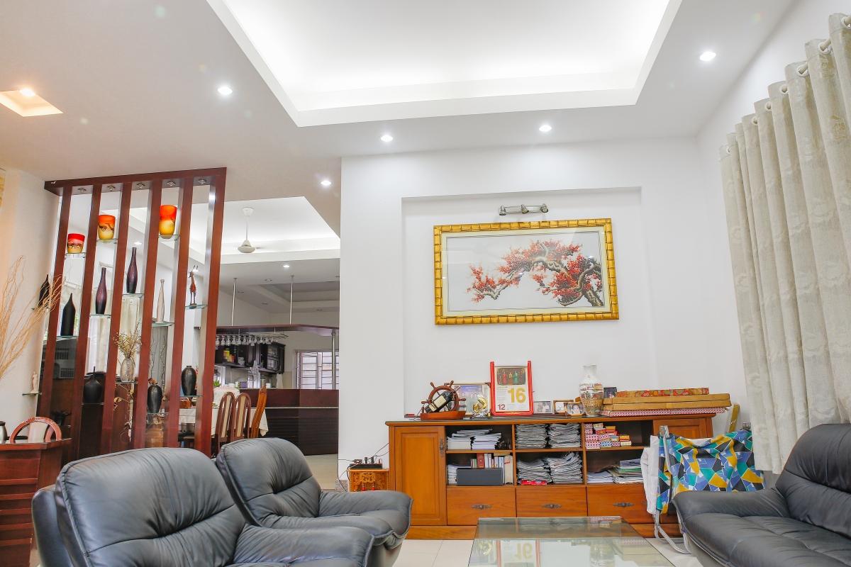 Phòng khách hướng Tây Nam Villa 4 phòng ngủ Thảo Điền Quận 2