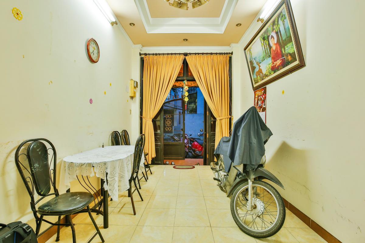 Phòng khách Nhà 3,5 tầng hẻm Trần Văn Kỷ Bình Thạnh