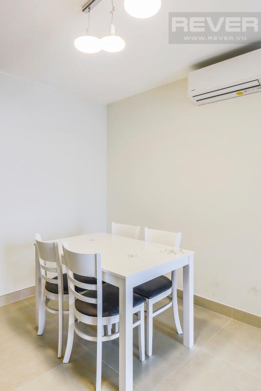 Khu vực bàn ăn gọn gàng Căn góc hướng Đông Nam tầng cao T1A Masteri Thảo Điền