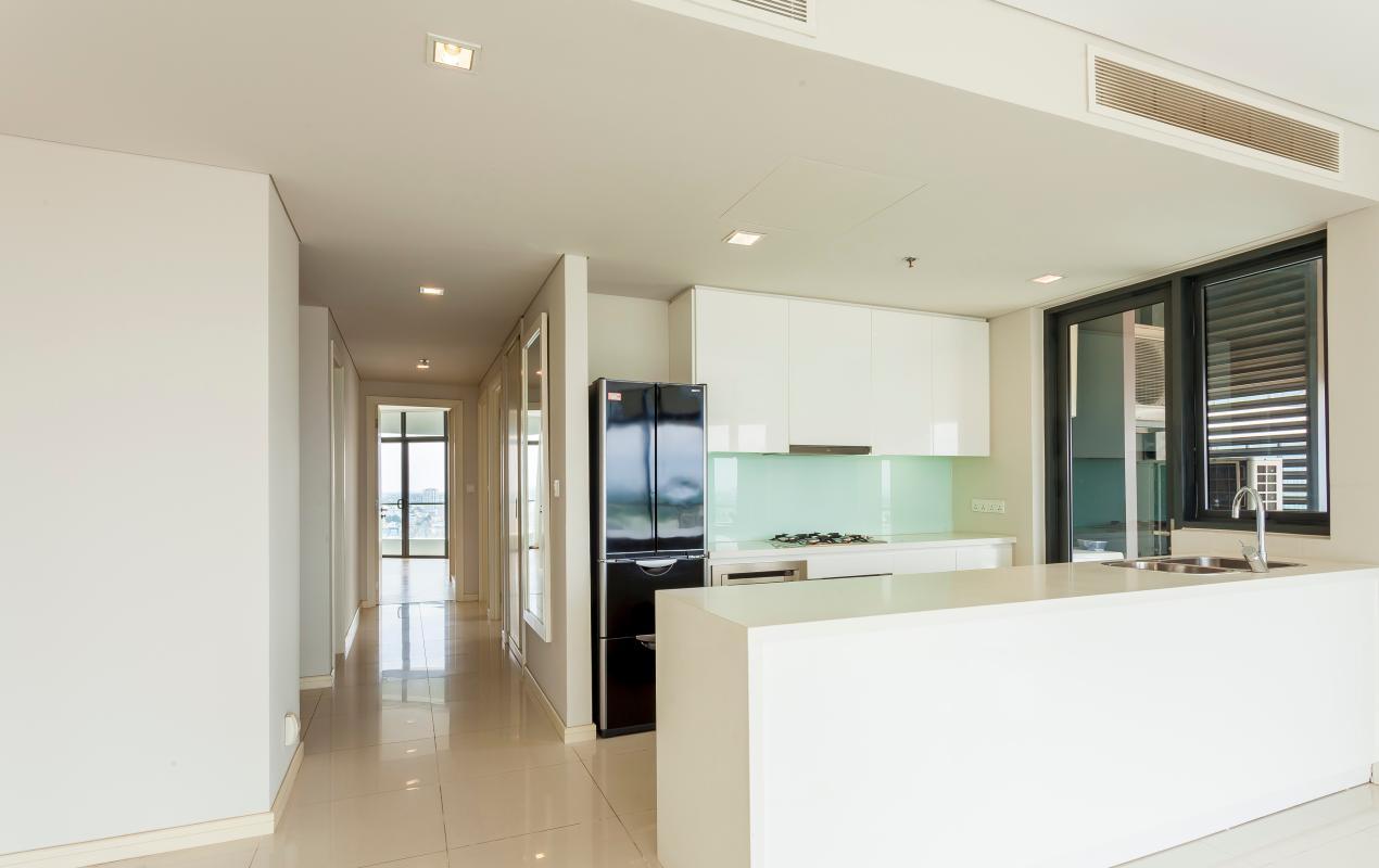 Phòng bếp có thiết kế nội thất hiện đại. Căn hộ tầng cao A City Garden Bình Thạnh