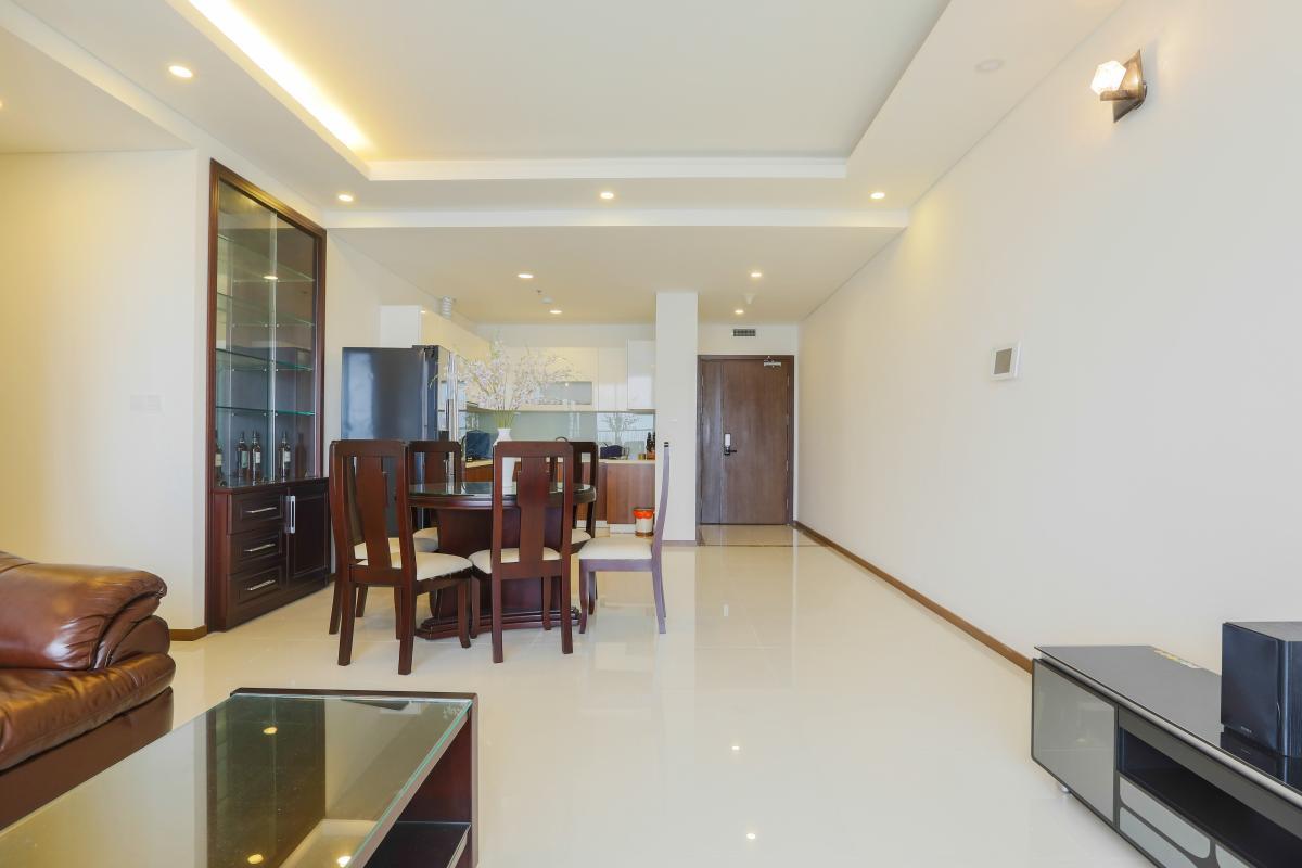 Phòng khách hướng Bắc Căn hộ tầng cao tháp B Thảo Điền Pearl