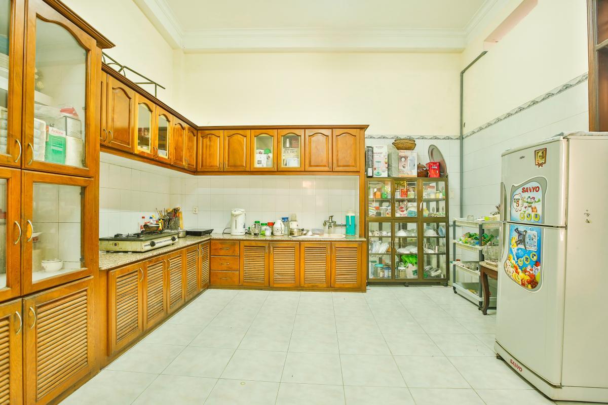 Phòng bếp Villa 2 tầng Đường 61 Thảo Điền