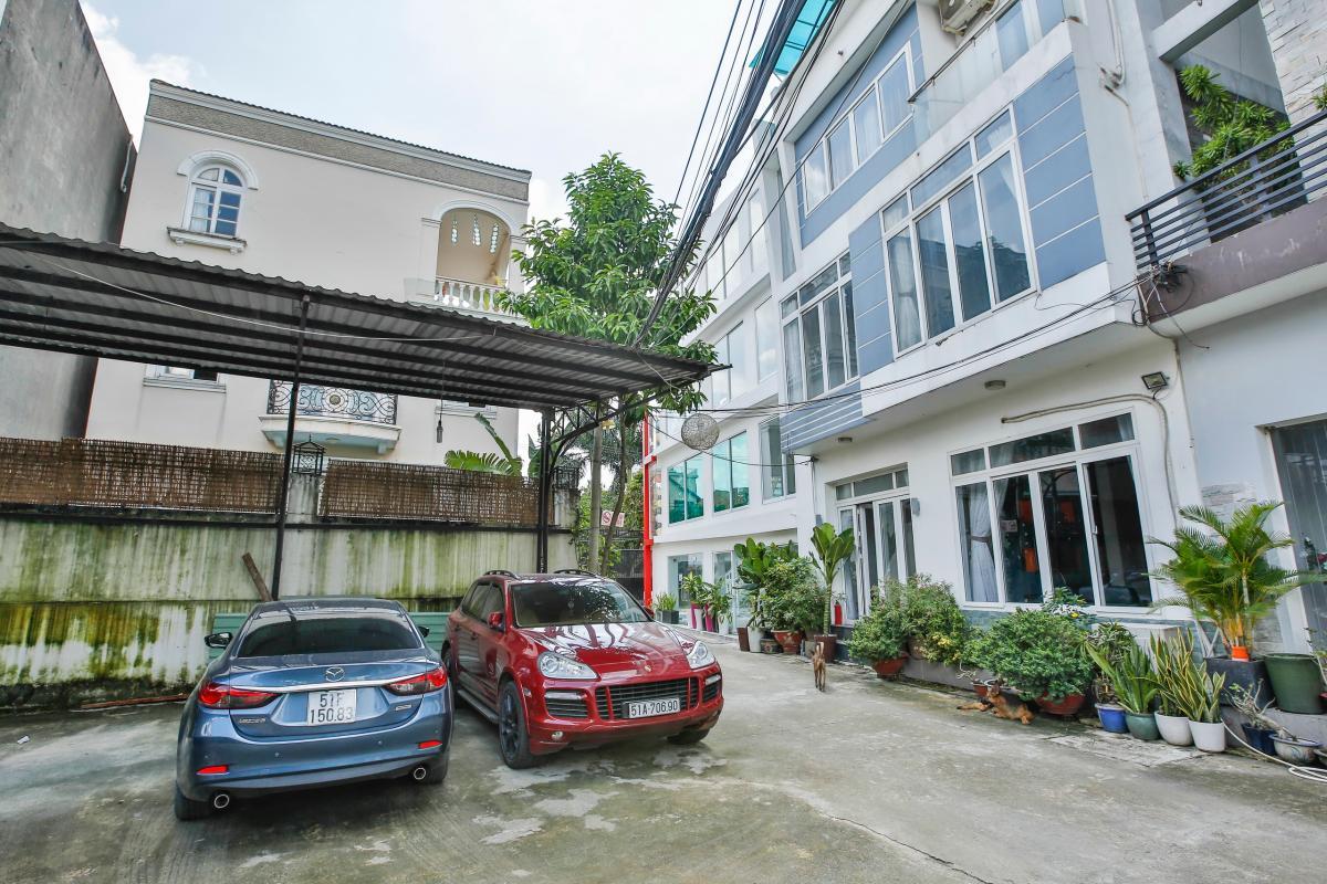 View đường Tống Hữu Định Nhà 4 tầng Tống Hữu Định Thảo Điền