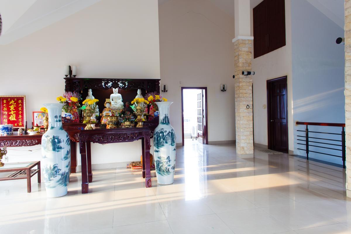 Phòng thờ Villa 3 tầng đường Số 20 Linh Đông Thủ Đức