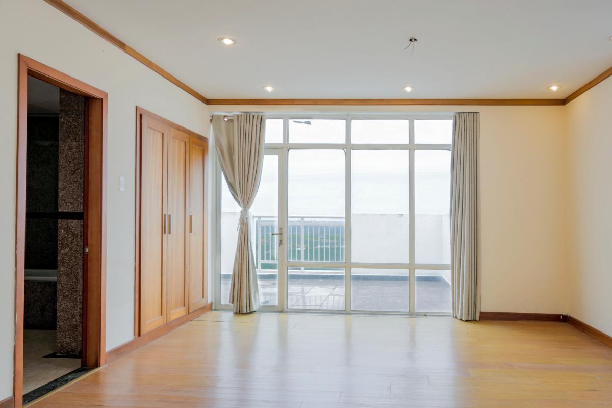Phòng ngủ 2 Lofthouse 3 tầng tháp B Hoàng Anh Gold House