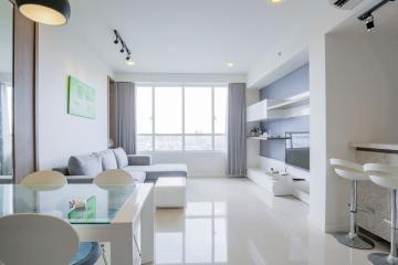 Căn hộ tầng cao V4 Sunrise City