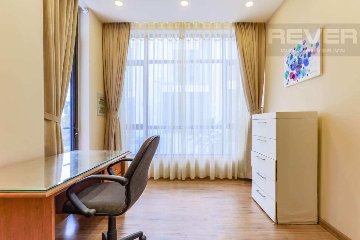 Phòng làm việc Villa Lucasta song lập có sân vườn, nội thất cao cấp