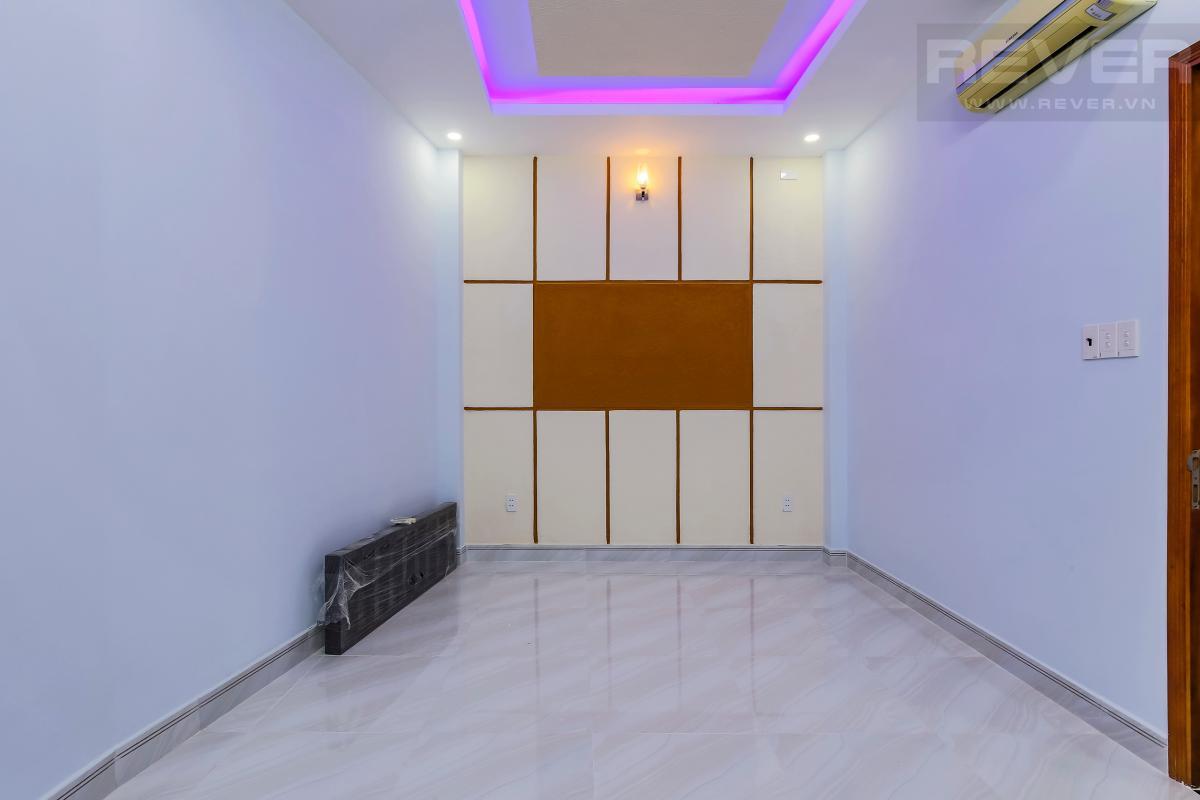 Phòng ngủ tầng lầu Nhà 4 tầng hẻm Chu Văn An Bình Thạnh