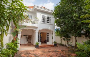 Villa 2 tầng Nguyễn Ư Dĩ