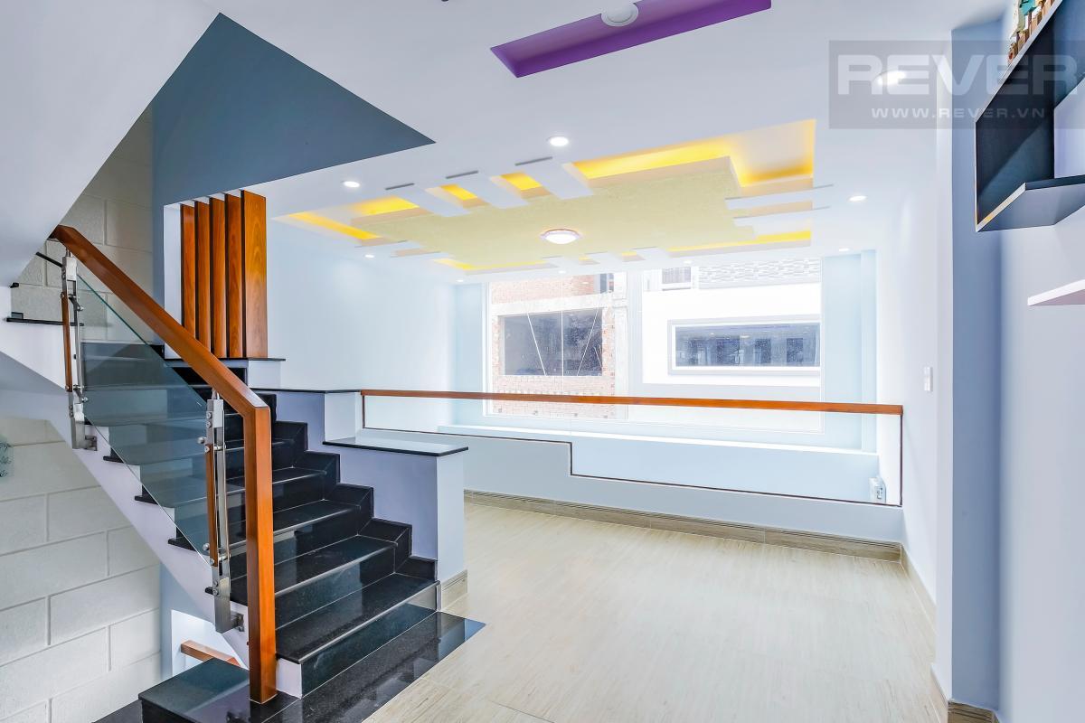 Tầng lửng Nhà 4 tầng hẻm Chu Văn An Bình Thạnh