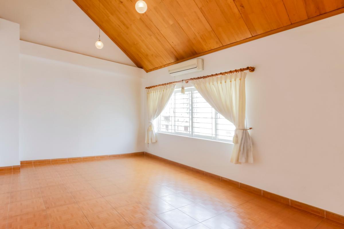 Phòng ngủ tầng thượng Nhà 3 tầng mặt tiền Phạm Cự Lượng Tân Bình