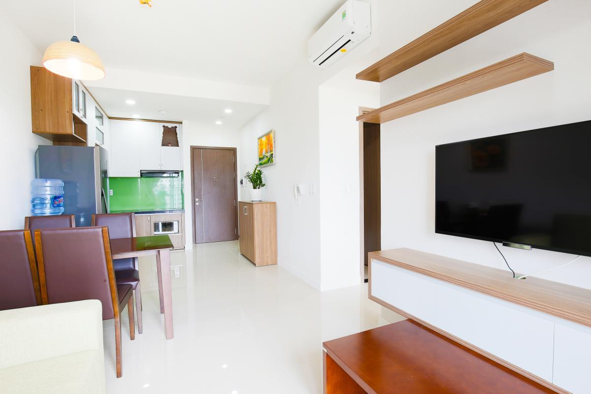 VIew nội khu nhìn ra cửa chính Căn hộ Galaxy 9 tầng thấp G1 2 phòng ngủ, đủ nội thất