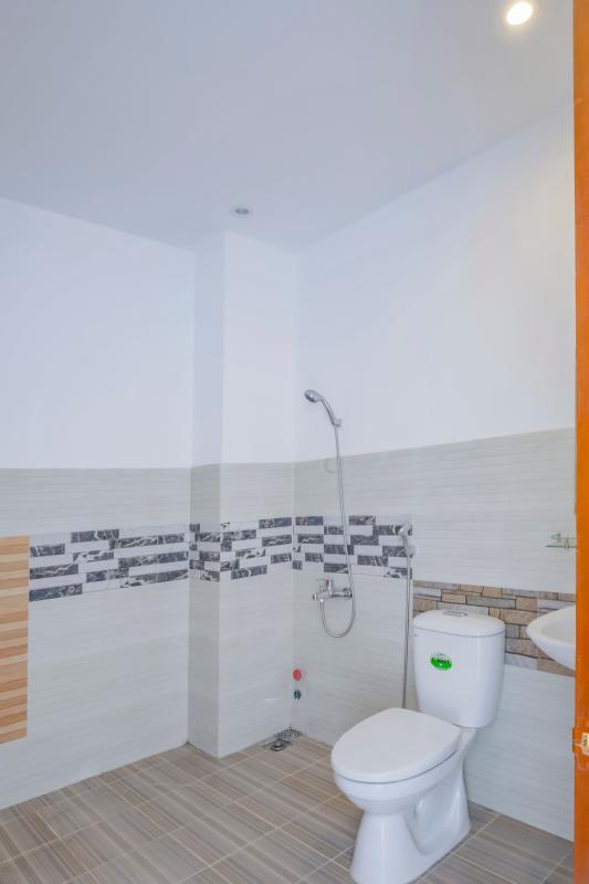 Phòng tắm 4 Nhà 4 tầng mặt tiền đường Số 11 Tân Kiểng quận 7