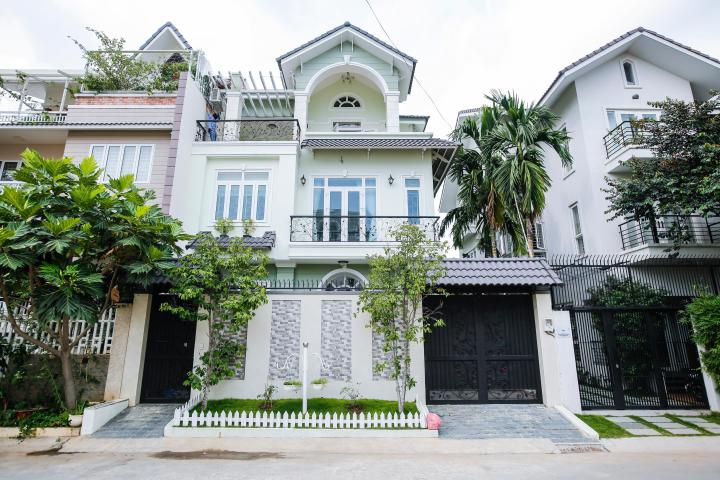 Villa 3 tầng hướng Đông Nam  Bùi Tá Hán An Phú