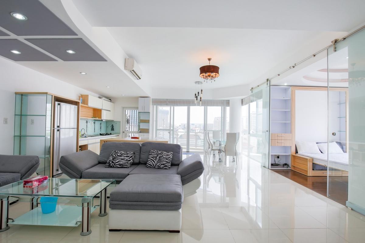 Phòng khách sang trọng Căn góc hướng Nam tầng cao CB Riverpark Residence