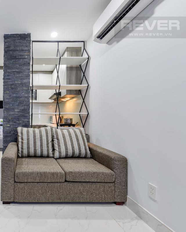Góc sofa hiện đại của phòng nhỏ M & T Building cho thuê phòng đủ nội thất, nhiều diện tích sử dụng