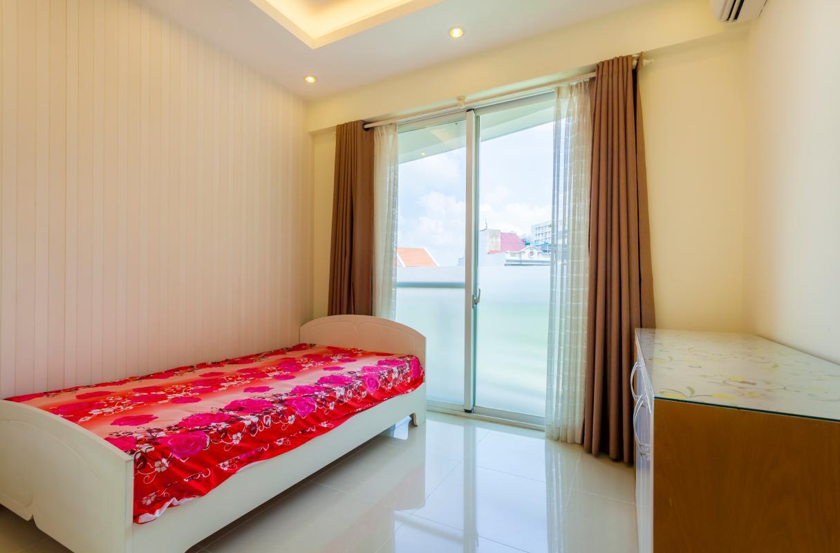 Phòng ngủ đơn Căn hộ tầng thấp Riverpark Residence