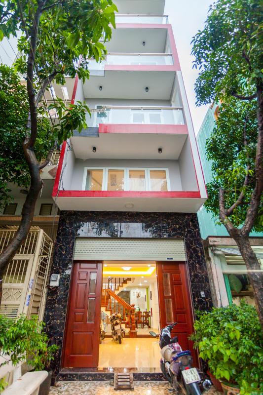 Mặt tiền nhà Nhà 5 tầng hướng Tây mặt tiền  Trần Văn Dư Tân Bình