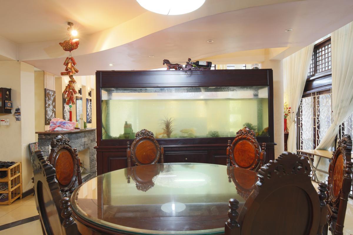 Bàn ăn sang trọng Nhà 3,5 tầng hẻm Phan Xích Long Phú Nhuận