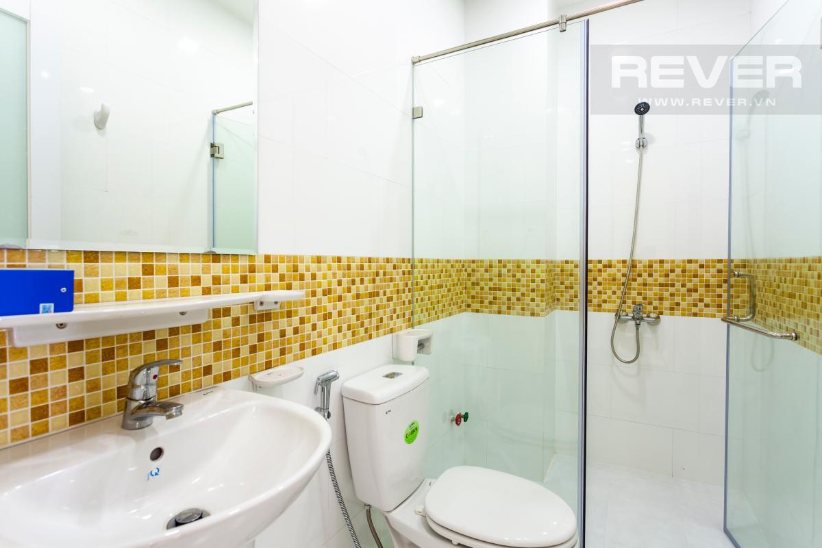 Phòng tắm Nhà 3 tầng hướng Đông Bắc khu dân cư Mega Village Khang Điền