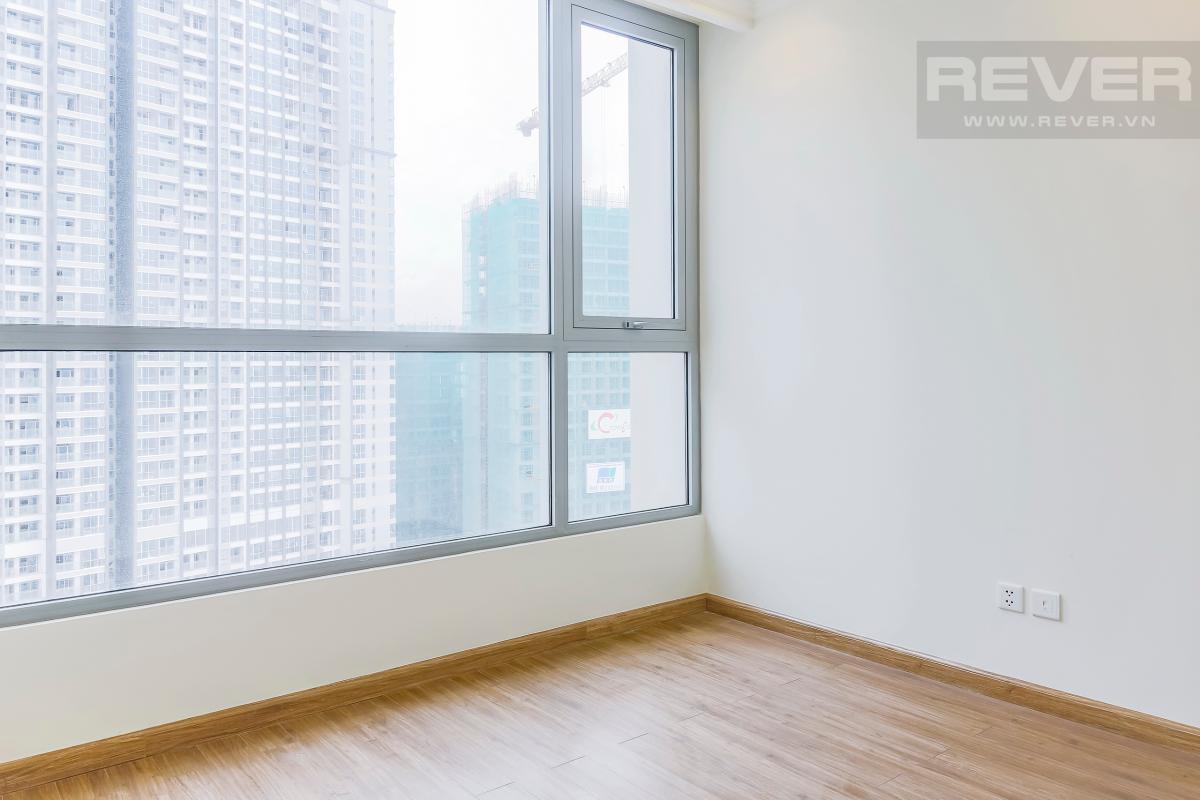 Phòng ngủ 1 view hướng Nam Căn hộ tầng cao C3 Vinhomes Central Park