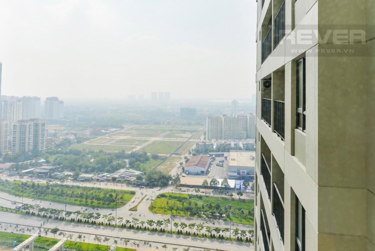 Tầm nhìn ngoại khu từ căn hộ Căn góc tầng cao T4 Masteri Thảo Điền