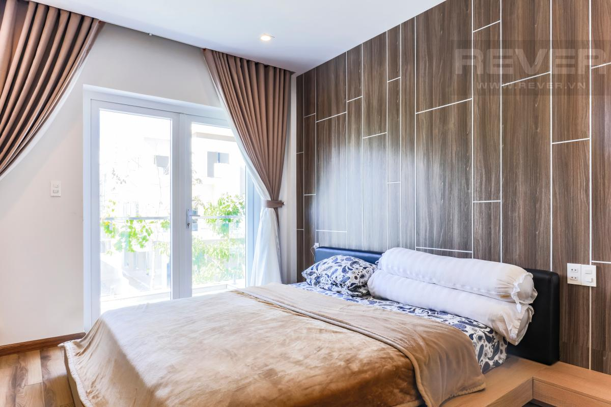 Giường ngủ Villa Melosa Garden hướng Bắc, 3 tầng hiện đại