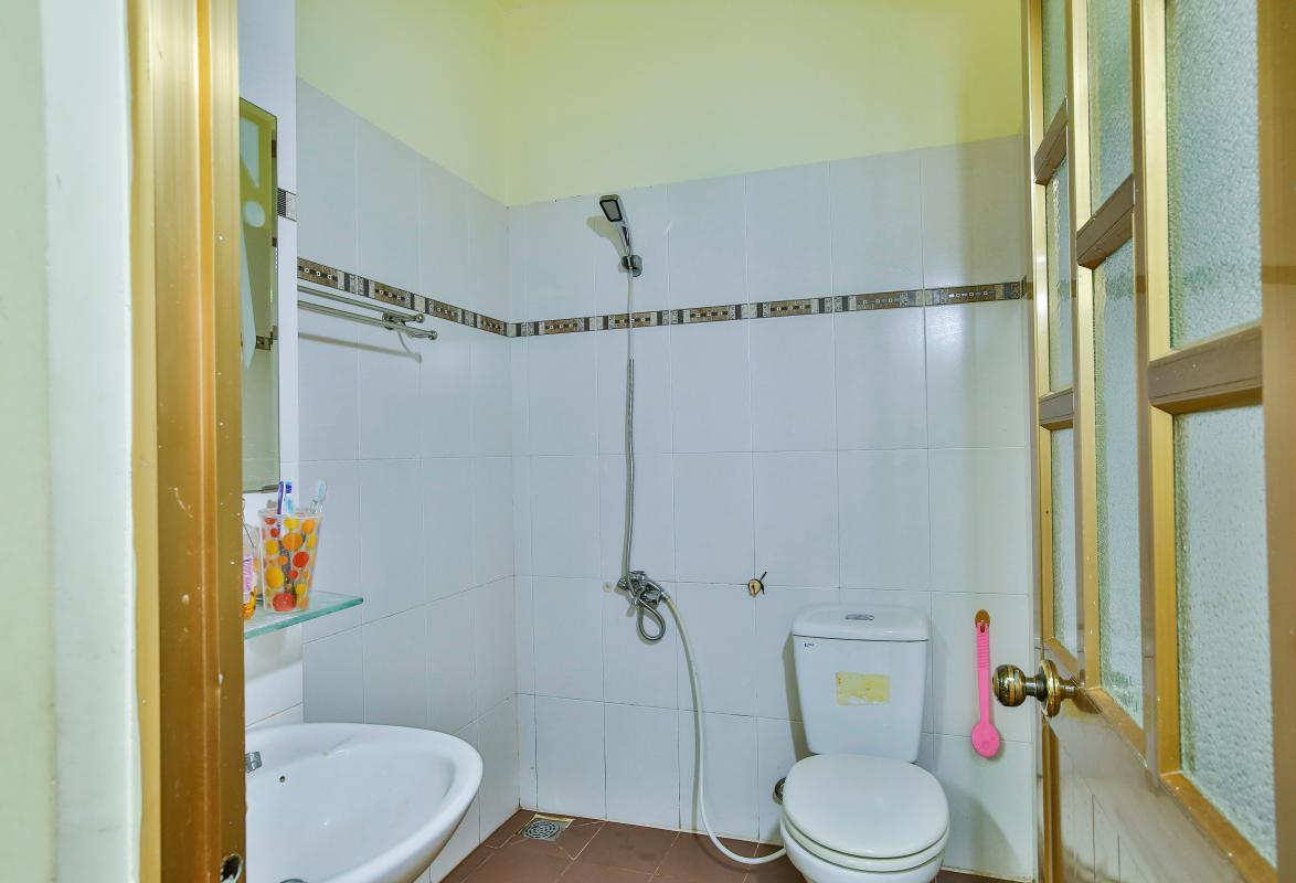 Phòng tắm chính Nhà 3 tầng mặt tiền D48 Nam Long
