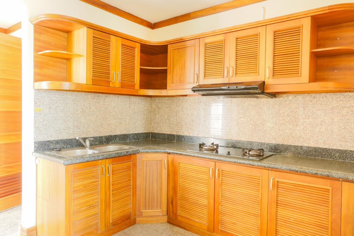 Phòng bếp Penthouse 4 phòng ngủ D1 The New Saigon