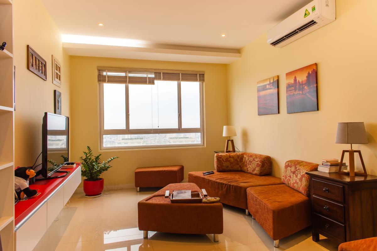 Phòng khách view nội khu Căn hộ tầng cao tháp TC1 Tropic Garden