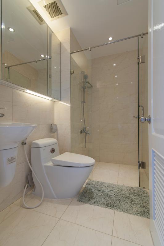 Phòng tắm Căn hộ Riverside Residence tầng thấp tháp AL hướng Đông
