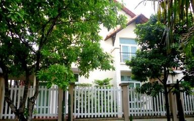 Khu villa Hoa Hồng Trần Não