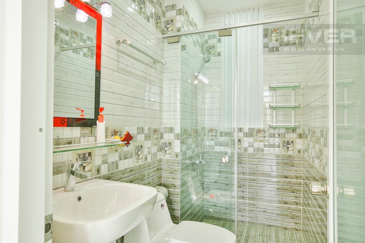 Phòng tắm 4 Nhà 4 tầng mặt tiền D1 Bình Thạnh