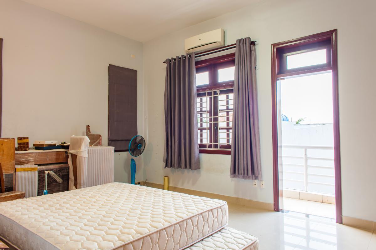 Phòng ngủ trên lầu Villa 3 tầng đường Số 20 Linh Đông Thủ Đức