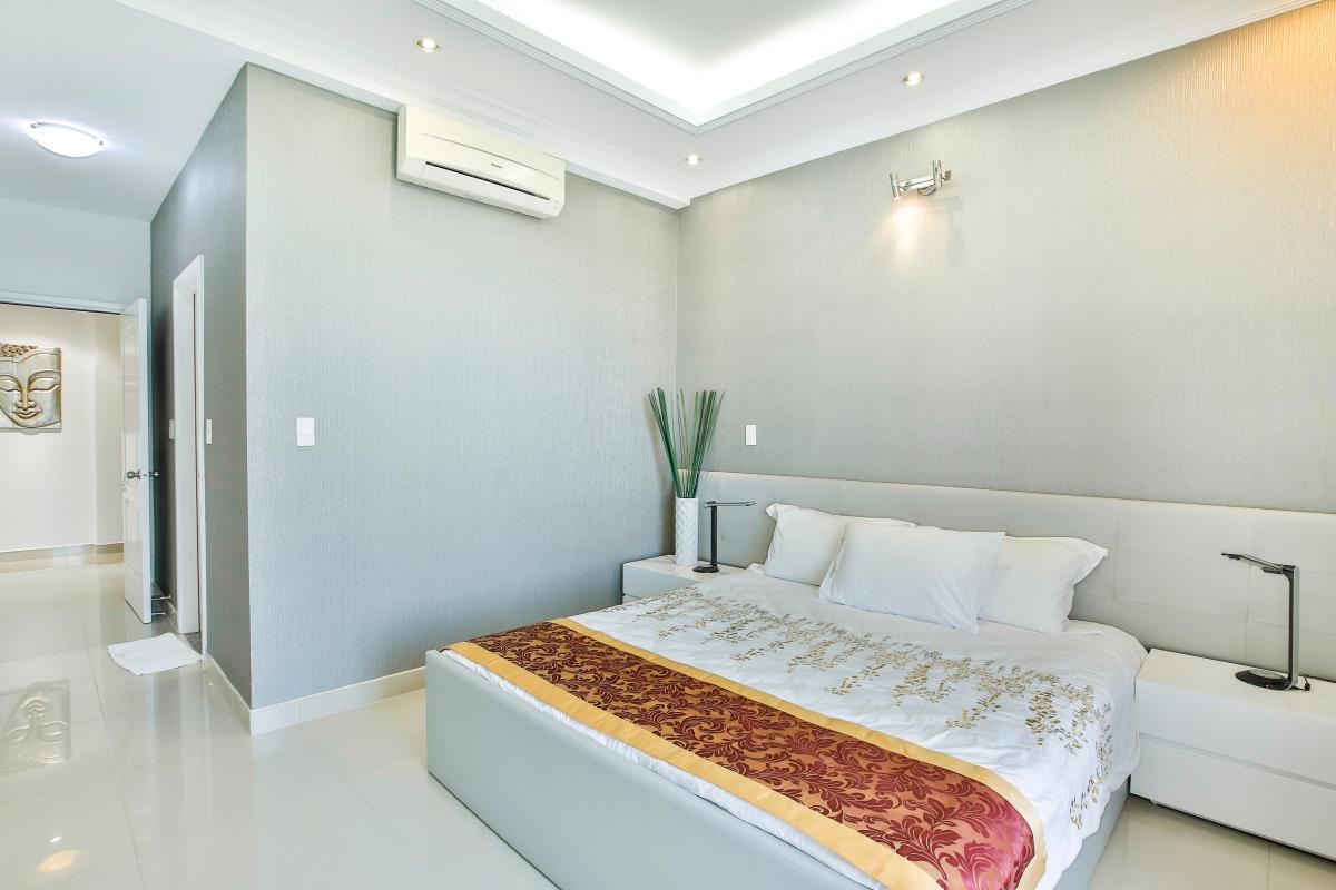 Phòng ngủ chính Căn góc tầng cao CK Riverside Residence
