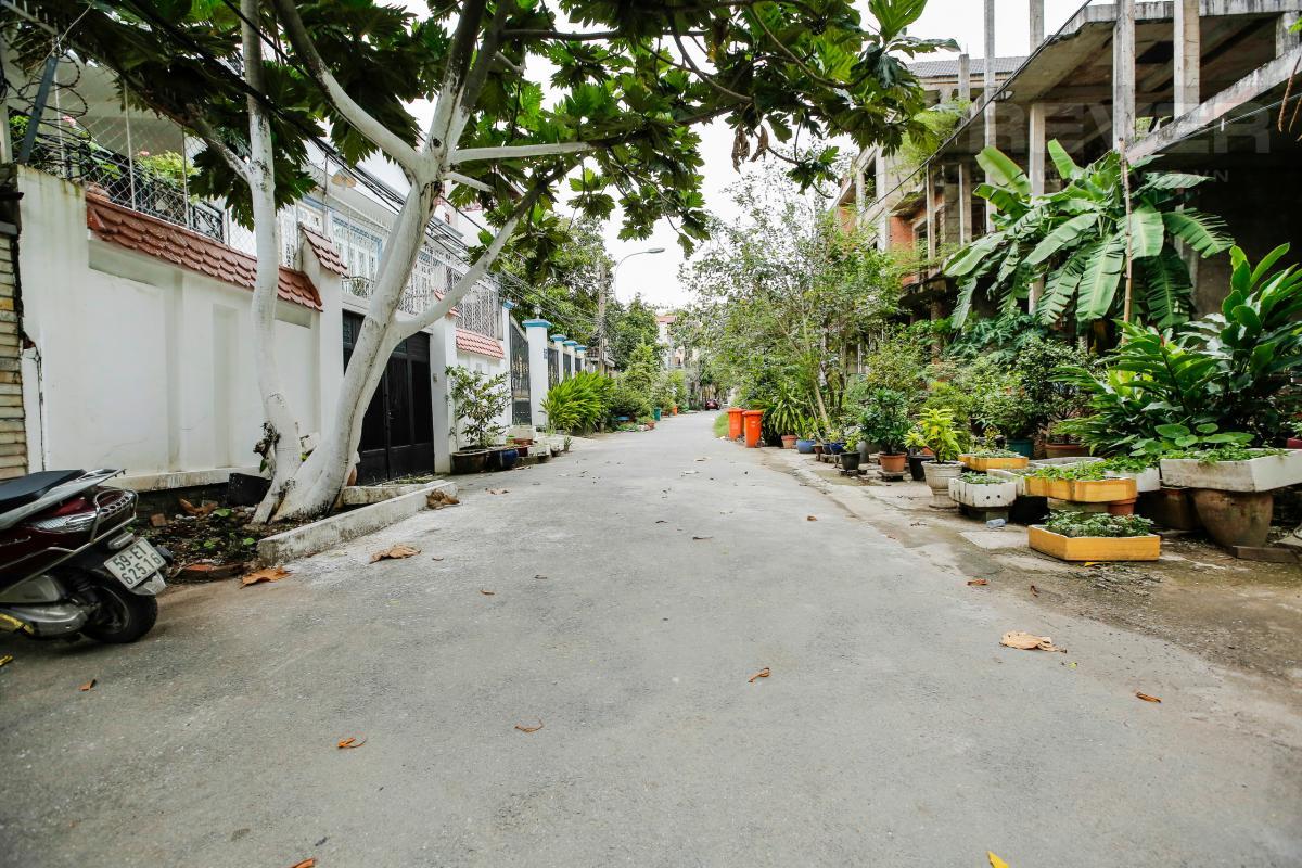 View hẻm Nhà 4 tầng Nguyễn Văn Hưởng