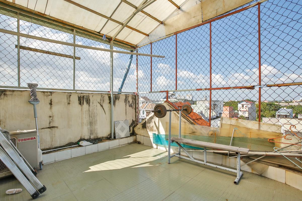 Tầng thượng Nhà 3,5 tầng đường 20 Phú Hữu quận 9