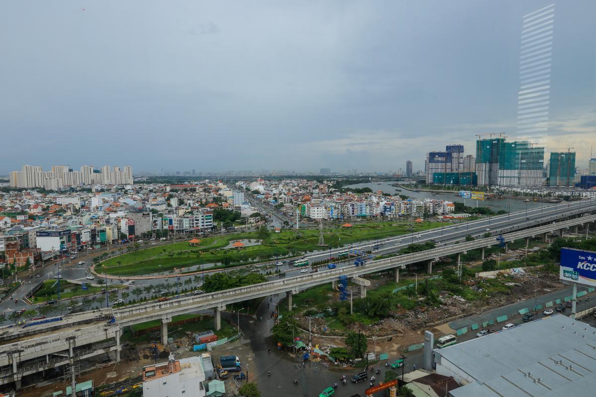 View Căn hộ tầng cao tháp B Thảo Điền Pearl