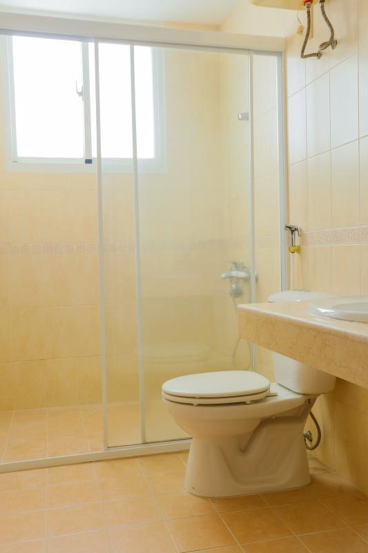 Buồng tắm của phòng tắm chính Căn góc trung tầng tháp BC Cảnh Viên 2