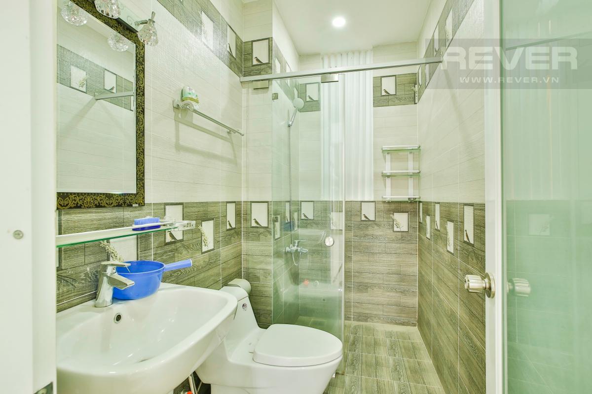 Phòng tắm 2 Nhà 4 tầng mặt tiền D1 Bình Thạnh