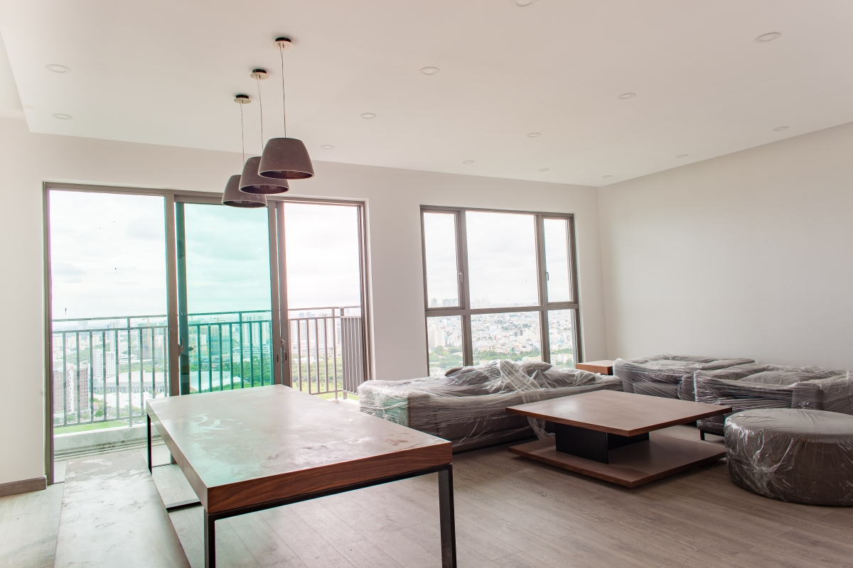 Phòng khách rộng rãi thoáng đãng Căn góc tầng cao T5 Riviera Point