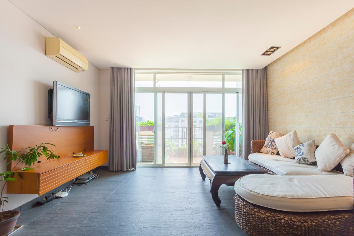 Phòng khách rộng rãi Căn hộ duplex Cảnh Viên 1 tầng thấp AB1 hướng Tây, 3 phòng ngủ